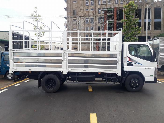 Xe tải Fuso4.99 máy mitshubishi tải trọng 2.1T hỗ trợ trả góp 2019 10