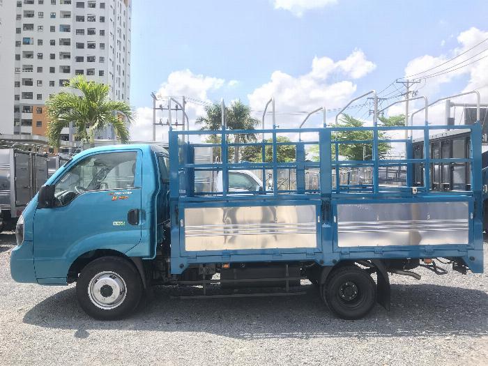 Giá xe kia 2t4 2019 , xe tải Kia K250 mui bạt trả góp.