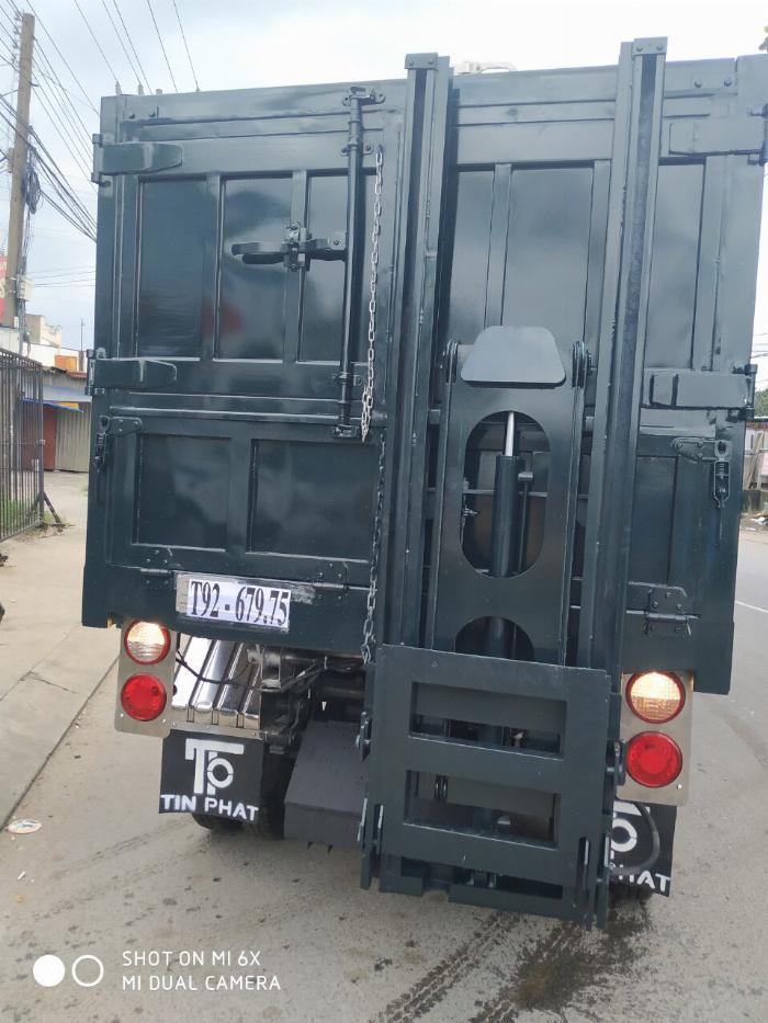 Xe KIA K250 Thu Gom Rác-6 khối, lưu thông trong Thành Phố.