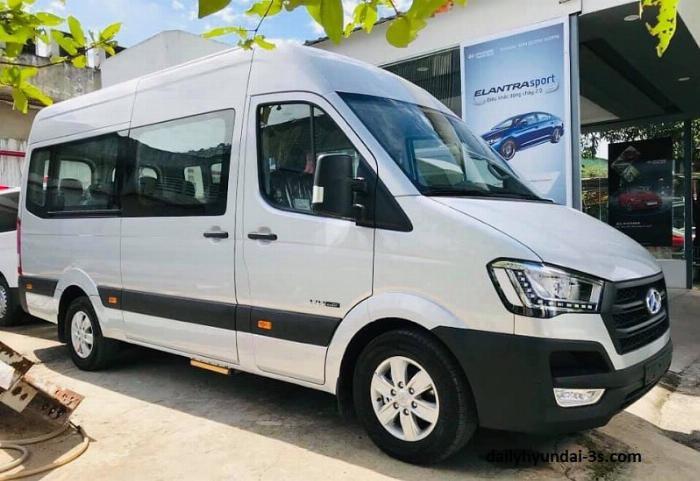 Bán Hyundai Solati 16 chỗ trả góp Bình Dương