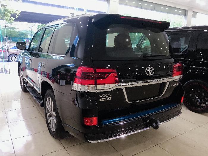 Bán Toyota Land Cruise 5.7 MBS Model 2020 ,4 chỗ ,4 ghế massage siêu Vip,xe giao ngay . 5