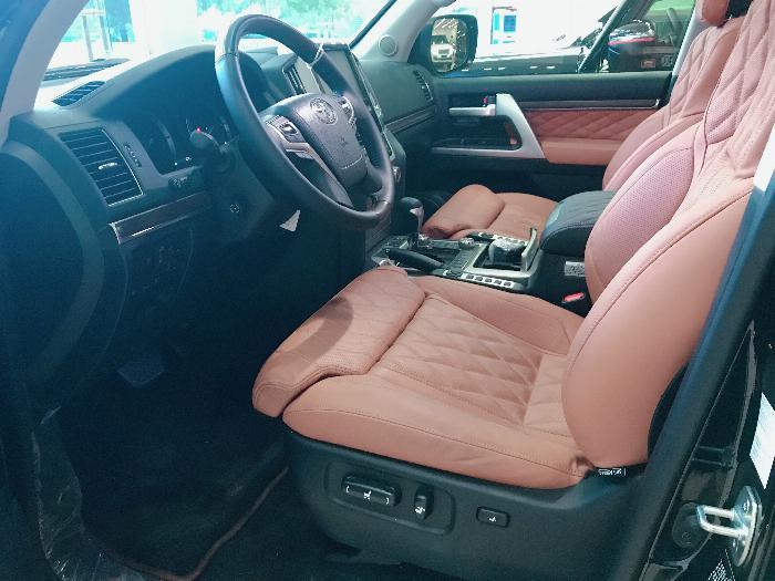 Bán Toyota Land Cruise 5.7 MBS Model 2020 ,4 chỗ ,4 ghế massage siêu Vip,xe giao ngay . 6