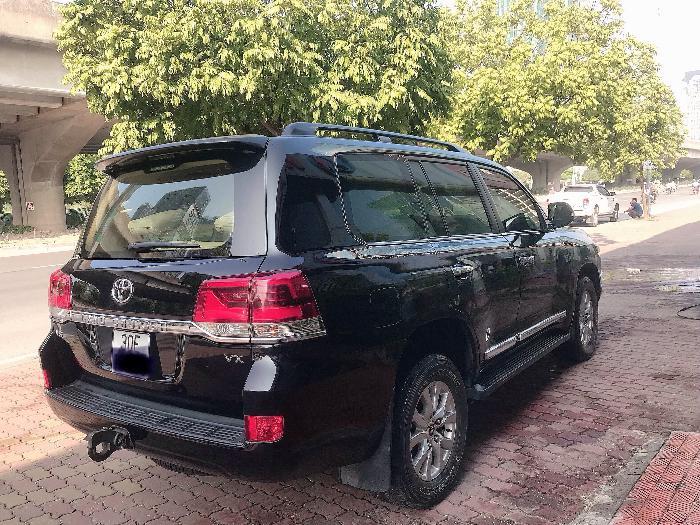 Bán Toyota Land Cruise 4.6.V8,sản xuất và đăng ký 2016,tên cty .Hóa đơn 1.6 tỷ .LH:0906223838 4