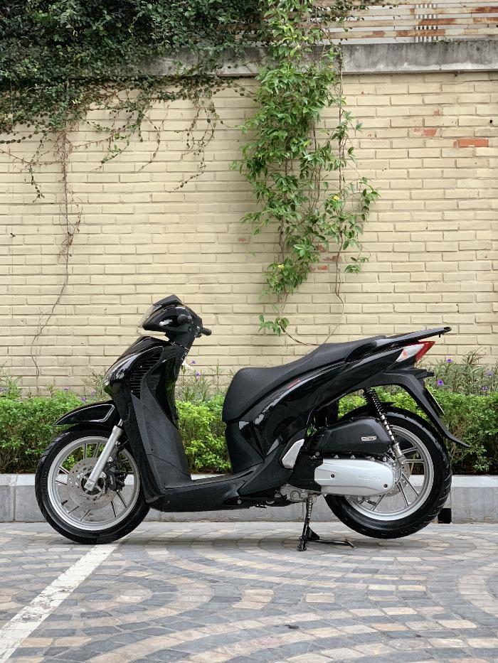 Cần bán: SH Việt 150 Full nhập 2015 màu Đen đẹp miễn chê