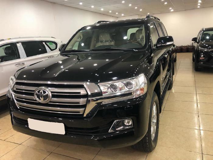 Bán Toyota Land Cruiser VX V8 sản xuất 2016, đăng ký tên Công ty, lăn bánh 38.000km - 094.883.0000