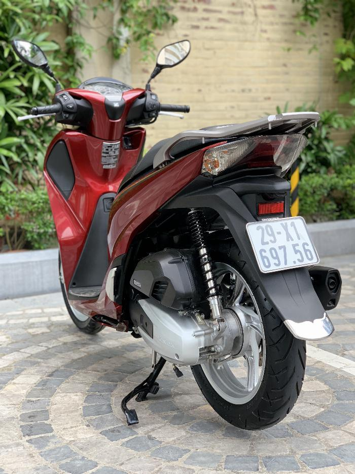Cần bán SH Việt 150 ABS cuối 2018 màu đỏ cực mới
