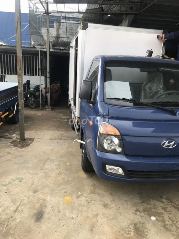 bán xe tải huyndai H150 trả góp