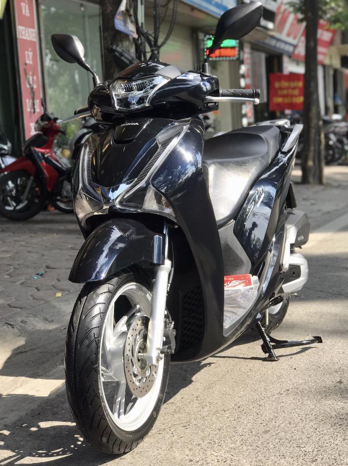 Cần bán SH Việt 150 ABS cuối 2018 màu Đen biển Vip