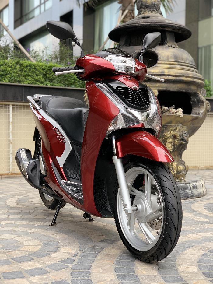 Cần bán SH Việt 125 CBS 2018 màu đỏ- Biển thần tài nhỏ cực Vip