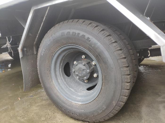 Xe tải thùng N250SL 2.4 tấn 9
