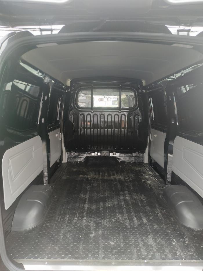 Bán xe bán tải van kenbo vào thành phố _ bán xe tải trả góp 4