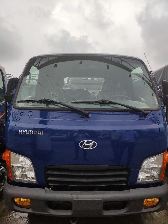 Xe tải thùng N250SL 2.4 tấn 12