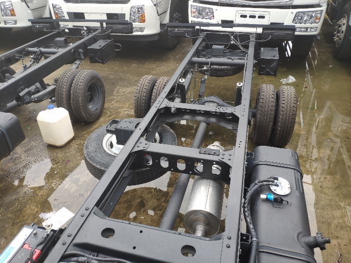 Xe tải thùng N250SL 2.4 tấn 14
