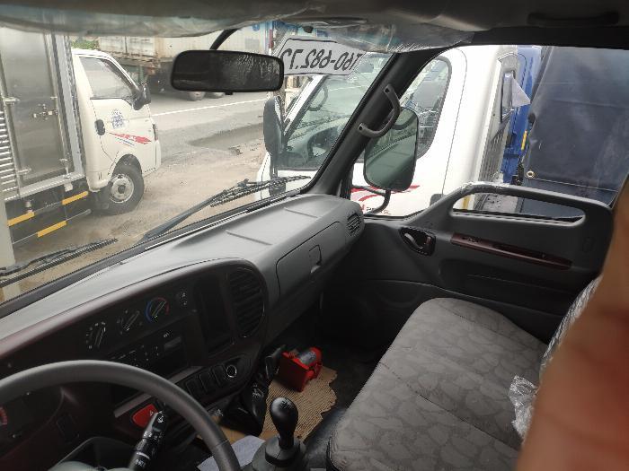 Xe tải thùng N250SL 2.4 tấn 20