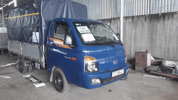 Báo giá xe tải Hyundai H150 thùng mui bạt, hỗ trợ trả góp 80% LS thấp 0