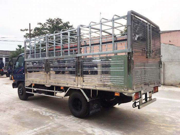 Báo giá xe tải Hyundai Mighty 2017 thùng mui bạt tải trọng 8 tấn, hỗ trợ trả góp 80% 13