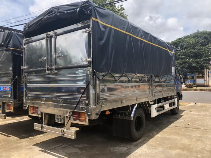 Báo giá xe tải Hyundai Mighty 2017 thùng mui bạt tải trọng 8 tấn, hỗ trợ trả góp 80% 7