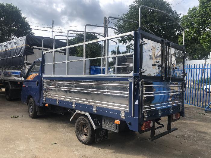 Báo giá xe tải Hyundai H150 thùng mui bạt, hỗ trợ trả góp 80% LS thấp 8