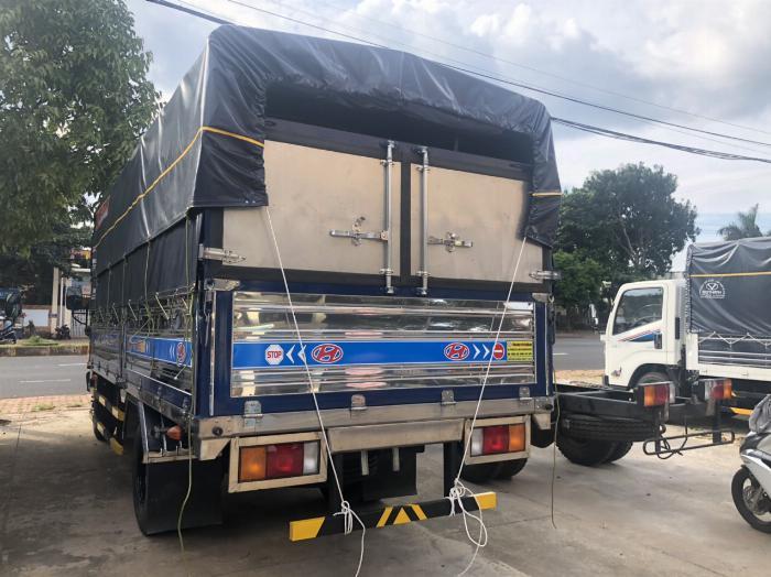 Báo giá xe tải Hyundai Mighty 2017 thùng mui bạt tải trọng 8 tấn, hỗ trợ trả góp 80% 11