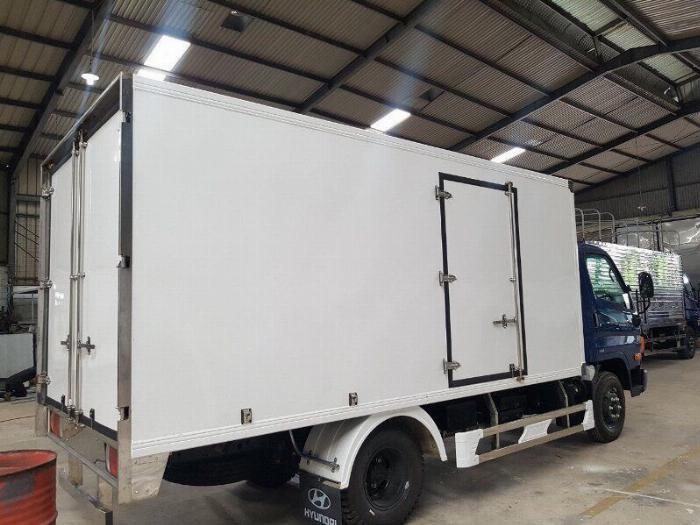 Bán xe tải Hyundai Mighty 7 tấn đủ thùng hàng, có sẵn xe, giao ngay 4