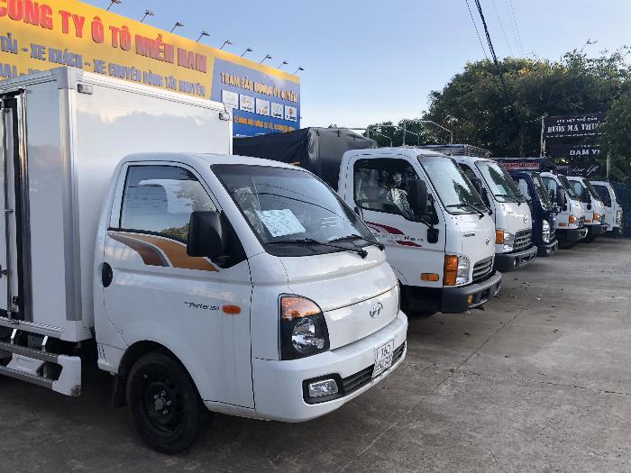 Báo giá xe tải Hyundai H150 thùng mui bạt, hỗ trợ trả góp 80% LS thấp 5