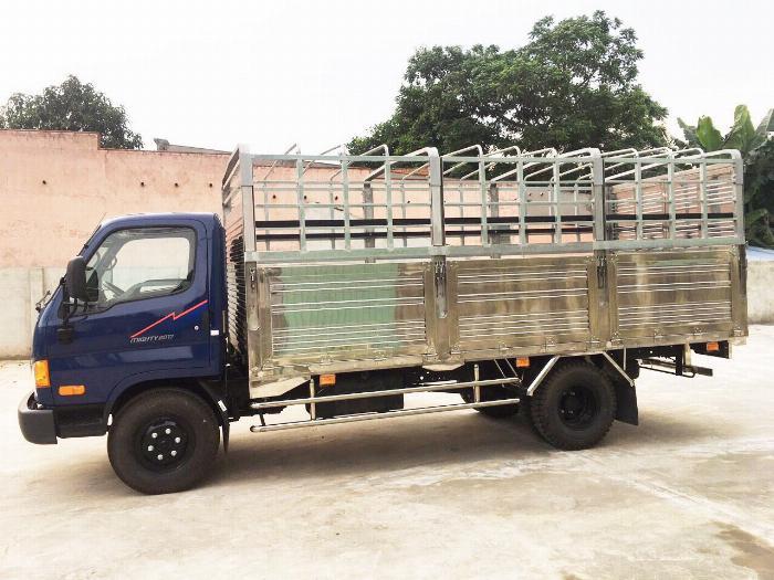 Báo giá xe tải Hyundai Mighty 2017 thùng mui bạt tải trọng 8 tấn, hỗ trợ trả góp 80% 6