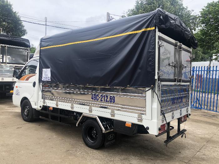 Báo giá xe tải Hyundai H150 thùng mui bạt, hỗ trợ trả góp 80% LS thấp 4