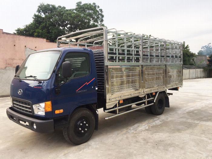 Báo giá xe tải Hyundai Mighty 2017 thùng mui bạt tải trọng 8 tấn, hỗ trợ trả góp 80% 16