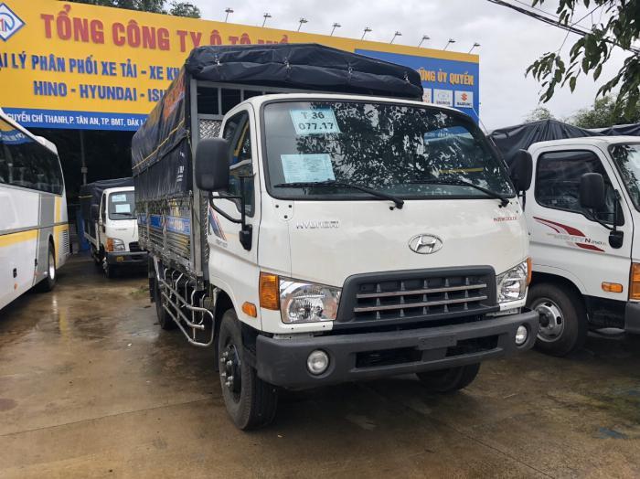 Báo giá xe tải Hyundai Mighty 2017 thùng mui bạt tải trọng 8 tấn, hỗ trợ trả góp 80% 14
