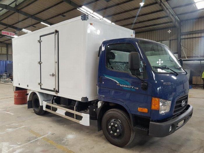Bán xe tải Hyundai Mighty 7 tấn đủ thùng hàng, có sẵn xe, giao ngay 5