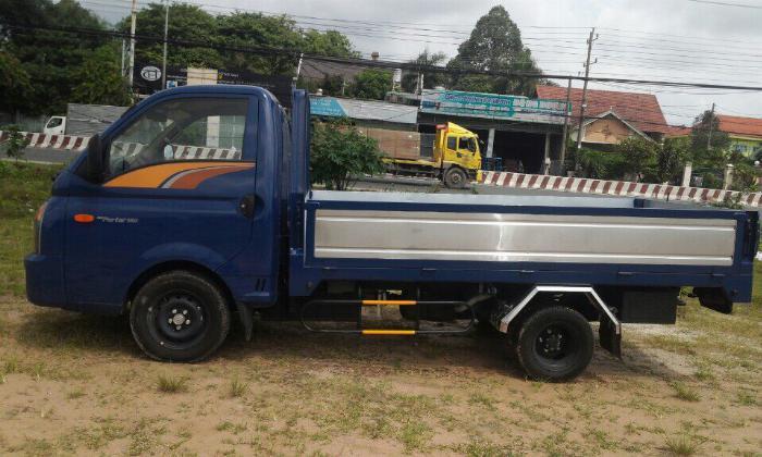 Báo giá xe tải Hyundai H150 thùng lửng - Mua xe tặng định vị GPS + 1 Chỉ vàng SJC 4