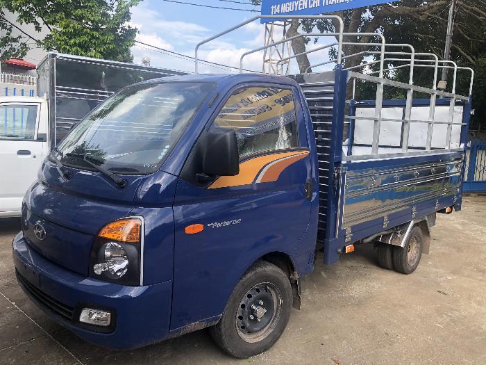 Báo giá xe tải Hyundai H150 thùng mui bạt, hỗ trợ trả góp 80% LS thấp 11