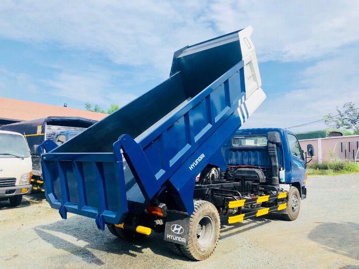 Bán xe tải Hyundai Mighty 7 tấn đủ thùng hàng, có sẵn xe, giao ngay 9
