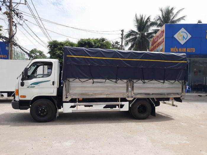 Bán xe tải Hyundai Mighty 7 tấn đủ thùng hàng, có sẵn xe, giao ngay 10
