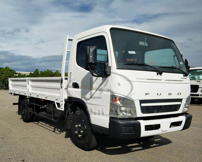 Xe tải Fuso Canter 6.5 Tảo trọng 3,5 tấn thùng 4,4m giá rẻ tại Bình Dương 3