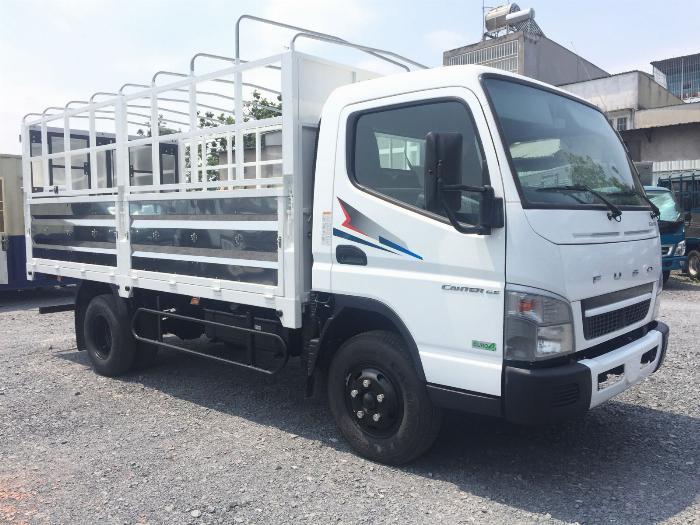 Xe tải Fuso Canter 6.5 Tảo trọng 3,5 tấn thùng 4,4m giá rẻ tại Bình Dương 2