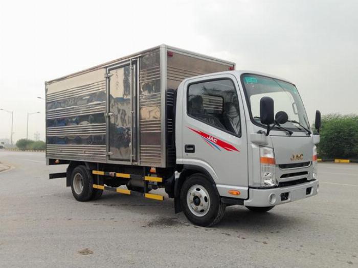 Cần bán xe tải JAC N200 tải 1.99T năm 2019, thùng dài 4,4m