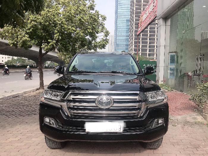 Bán Toyota Land Cruise 4.6,đăng ký 2016,màu đen,1 chủ từ đầu,xe cực mới .LH: 0906223838