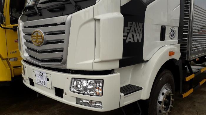 xe tải thùng 8 tấn thùng dài 9m7 xe tải Faw