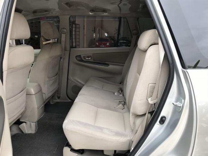 Bán xe Innova E sx 2014 , tặng ngay tiền mặt+ sang tên+ bảo hiểm
