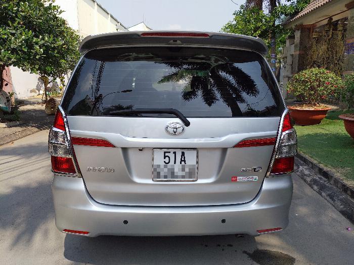 Bán Toyota Innova e 2014 chính chủ đứng tên 4