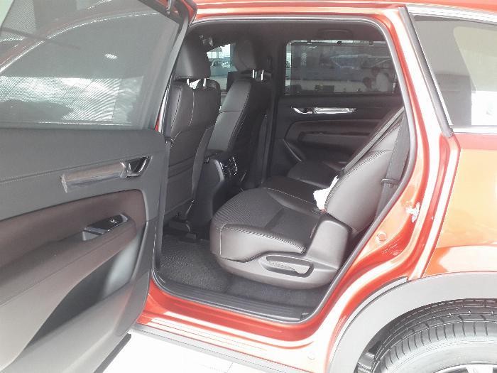 Mazda CX-8 mới Tặng 100 triệu, nhận xe ngay 1