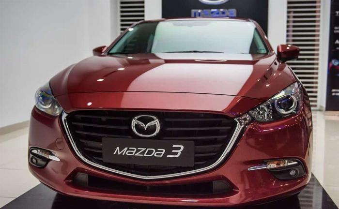 Xe hạng C: Mazda3 12.453 chiếc