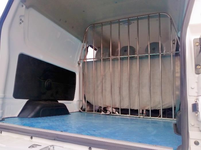 xe dongben x30 5 chỗ tải 500kg thùng 1m4 tại Bình Dương