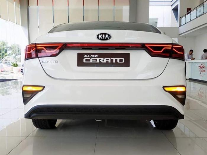 Kia Cerato sản xuất năm 2019 Số tay (số sàn) Động cơ Xăng
