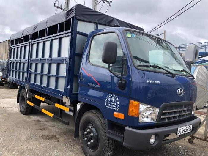 Xe tải Hyundai 8 tấn( Ga cơ mạnh mẹ) . Thùng chở gạch 1