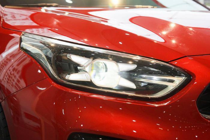 KIA CERATO 2.0 giá 675 triệu có xe giao ngay tại TP.HCM