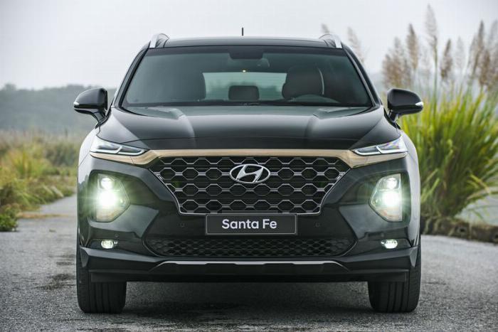 Hyundai Santafe 2020, đủ màu giao ngay 15