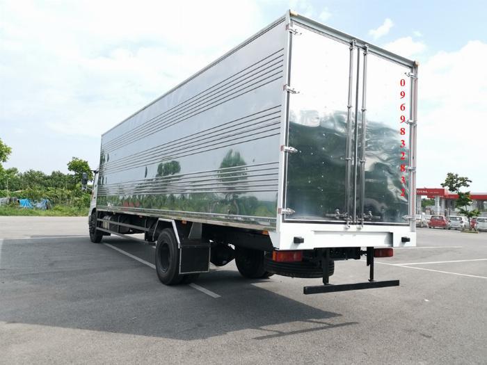 Báo giá xe tải Dongfeng B180 8 - 9 Tấn thùng bạt, Thùng kín 7,5m và 9,5m, có xe giao ngay, cam kết giá tốt nhất 13