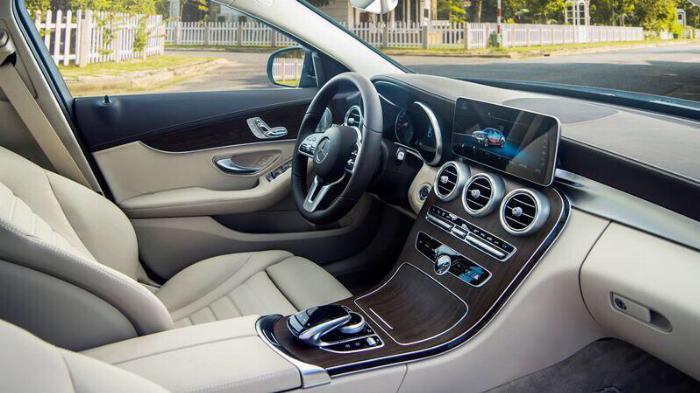 Mercedes C200 Exclusive - Ưu Đãi Lên Đến 100 Triệu 8